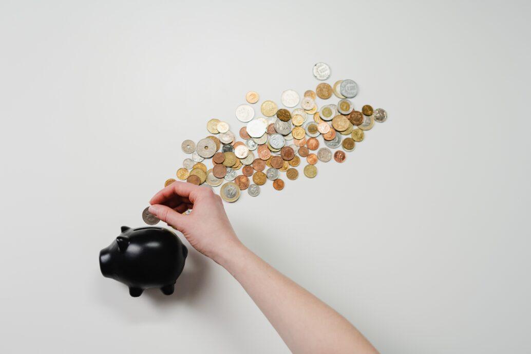 webデザインスクールの料金相場は?入会金や授業料などを解説します
